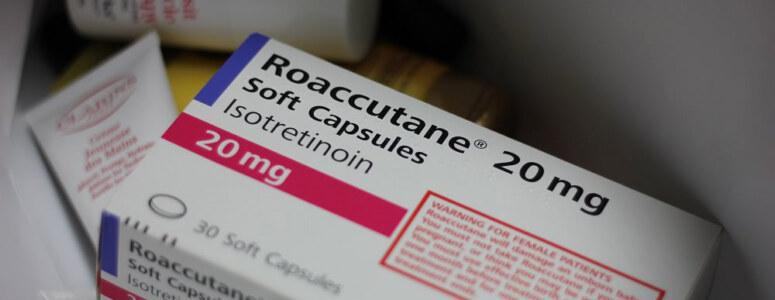 Roaccutane sivilce hapı kullananlar yan etkileri okudular mı? 20 mg 30 kapsül